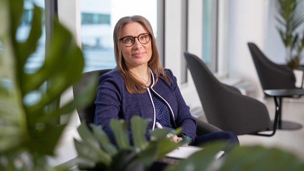 Kauppakamari-Kaija-Savolainen-katsauspkyritystentilanteeseen-artikkeli_VP-WEB-2