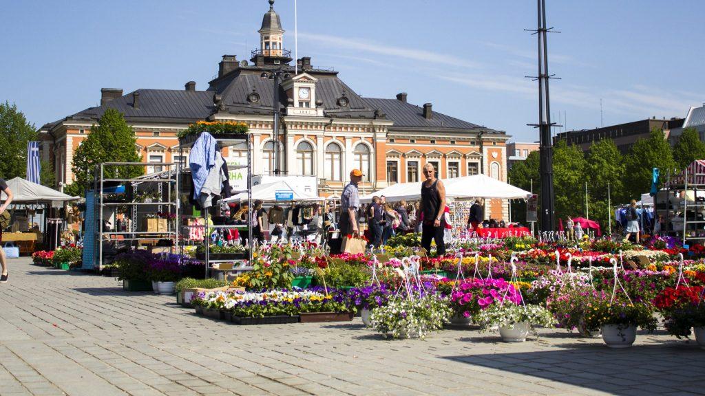 Kaupungintalo-Tori-Kuopio-23-5-2018-Mirka-Happonen_web